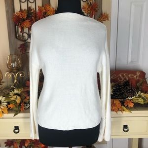 Poof new york| women's bell sleeves sweater top